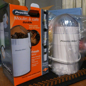 COFFEE GRINDER - ELECTRIC - PROCTOR SILEX - NEW